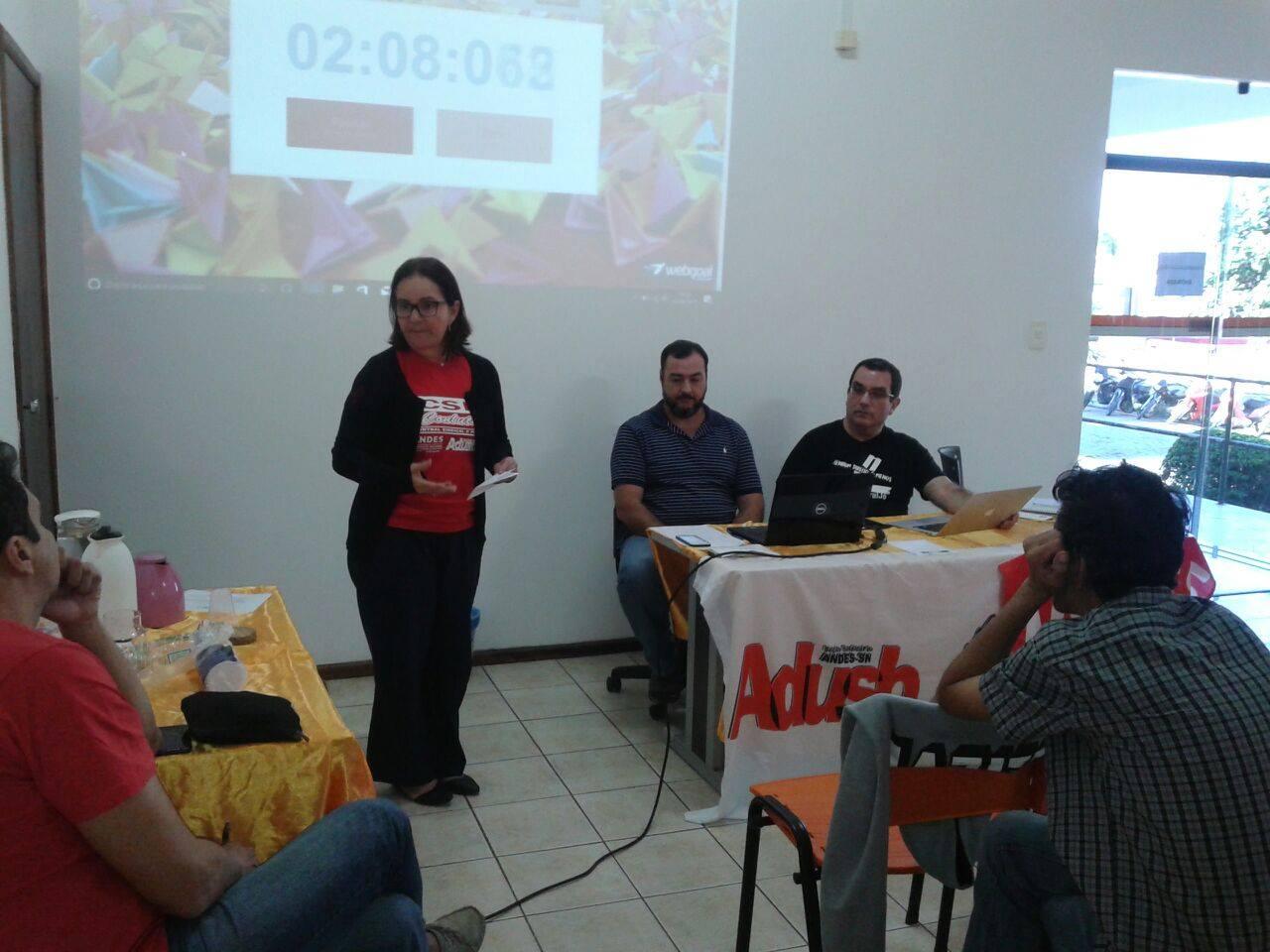 Assembleia debate crise nas UEBA e reforça necessidade de mobilização