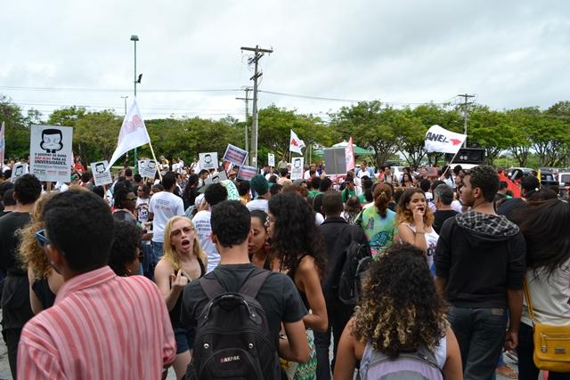 7 de abril: ato público em defesa das Universidades Estaduais da Bahia e dos direitos trabalhistas