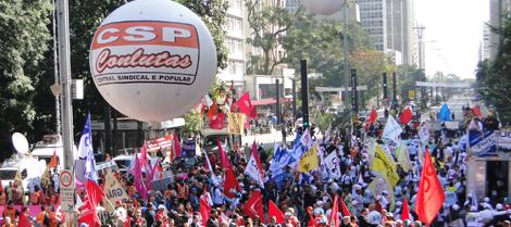 Trabalhadores se mobilizam contra restrições a direitos trabalhistas e previdenciários