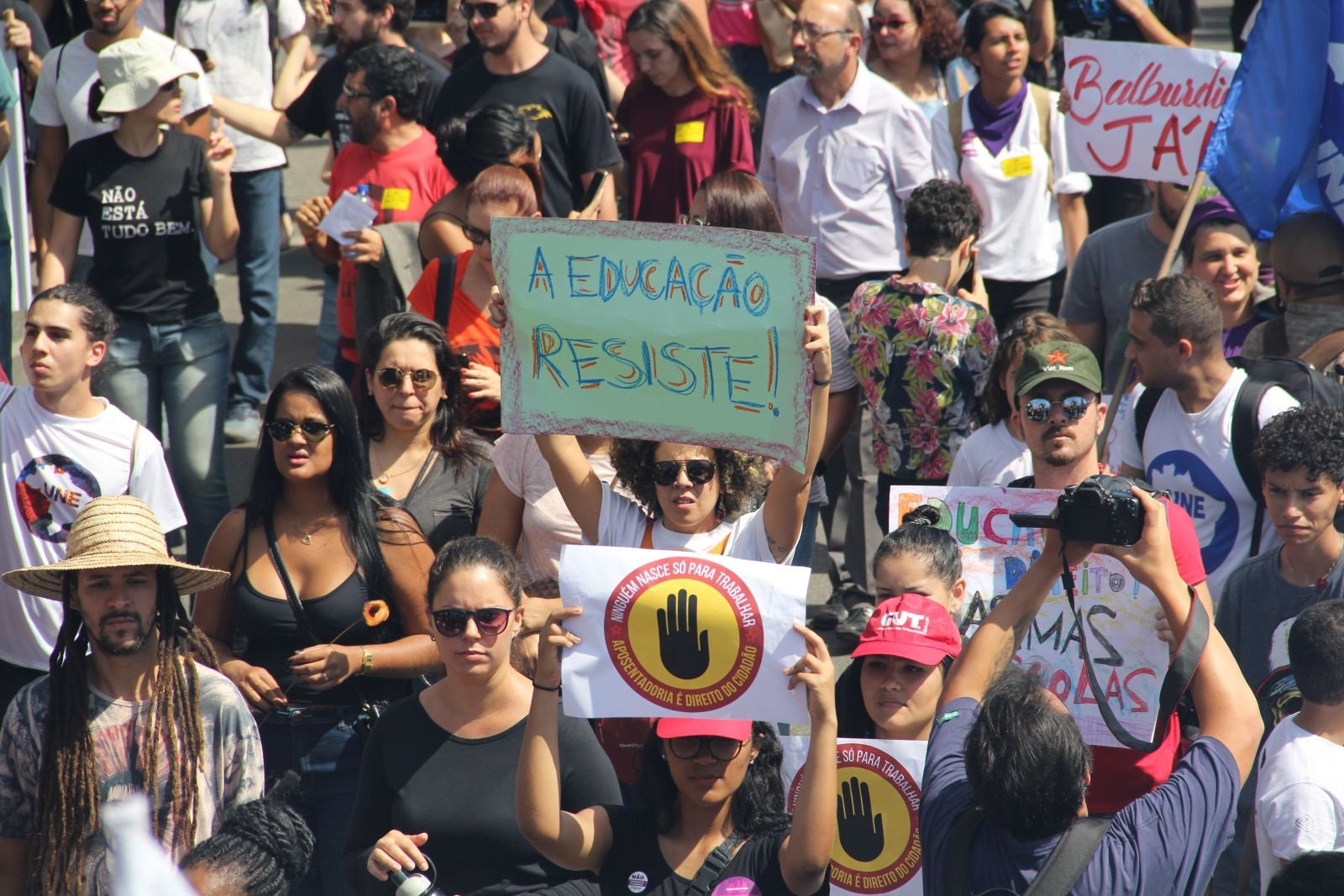 Brasil é destaque em relatório internacional sobre perseguição a acadêmicos e universidades