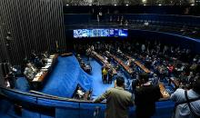 Fim das aposentadorias vira moeda de troca no Senado e 2° turno de votação fica para 22/10