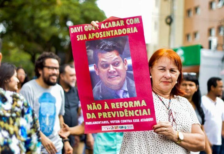Reforma da Previdência vai à votação dia 24/9 no Senado e segue alvo de protestos