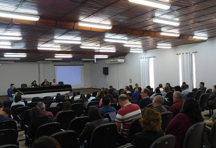 Consepe suspende discussão sobre novos cursos da EAD