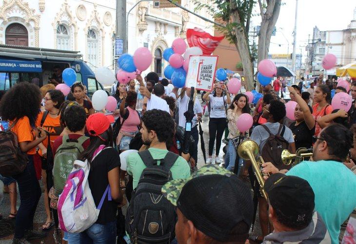 Universidades Estaduais paralisam atividades e protestam contra a maior perda salarial dos últimos 20 anos