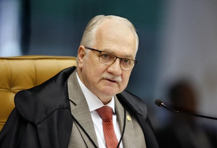 Ministro Fachin vota contra intervenção de Bolsonaro na nomeação de reitores