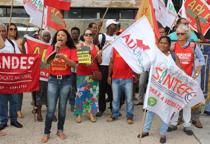 Justiça suspende, temporariamente, tramitação da PEC da Previdência na Bahia