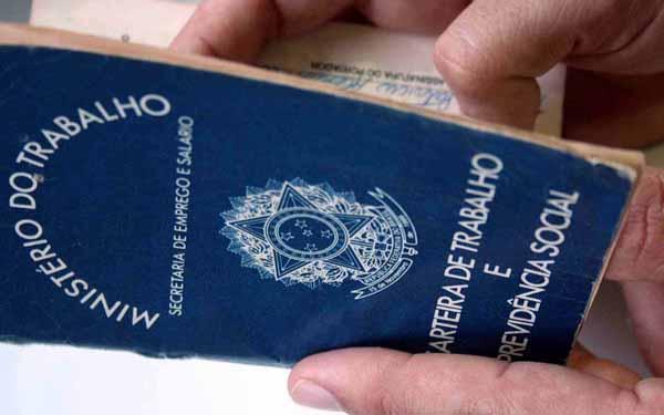 Ataque à aposentadoria: Governo da Bahia pretende instituir regime de previdência complementar