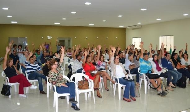 Assembleia da Adusb aprova indicativo de greve docente na UESB