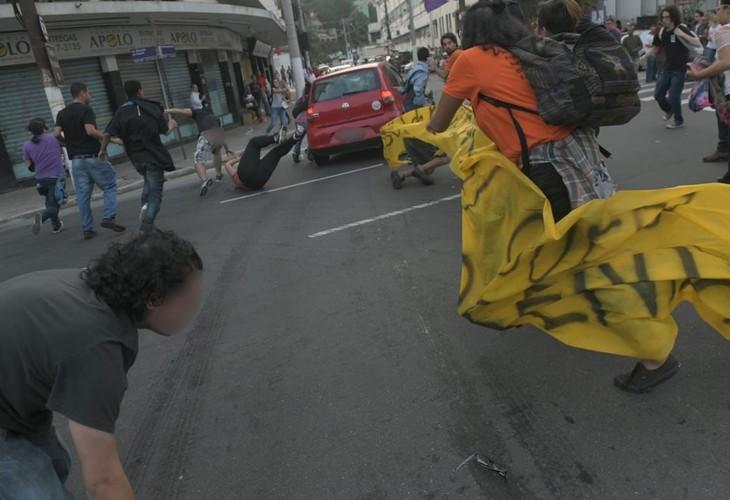 Nota da Diretoria do ANDES-SN de repúdio à violência contra militantes durante a Greve Geral.