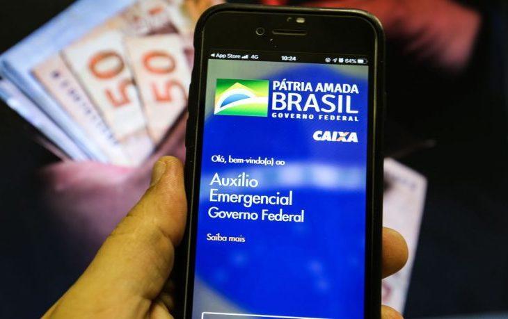 Auxílio emergencial está prestes a acabar e Bolsonaro não tem alternativa para 67 milhões de brasileiros