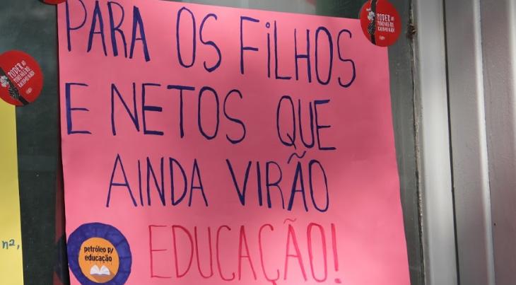 Governo do Paraná propõe terceirização e fim de cargos em universidades estaduais