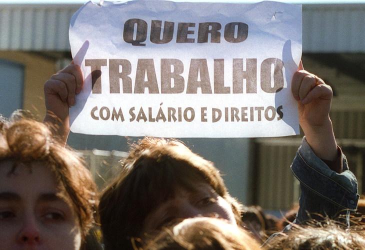 Centrais sindicais traçam ações contra pacote de Bolsonaro e convocam ato para esta quarta. Acesse panfleto!