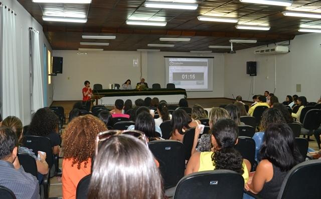 Adusb reivindica orçamento participativo em reunião do CONSU
