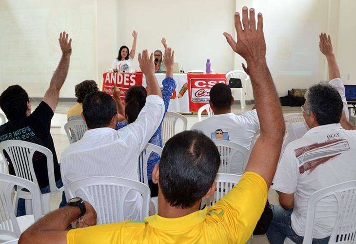 Professores da Uesb não abrem mão de seus direitos e rejeitam proposta do governo