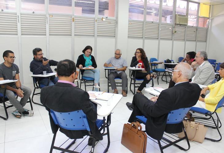Fórum das ADs se reúne com Fórum de Reitores para exigir medidas políticas na defesa dos direitos trabalhistas