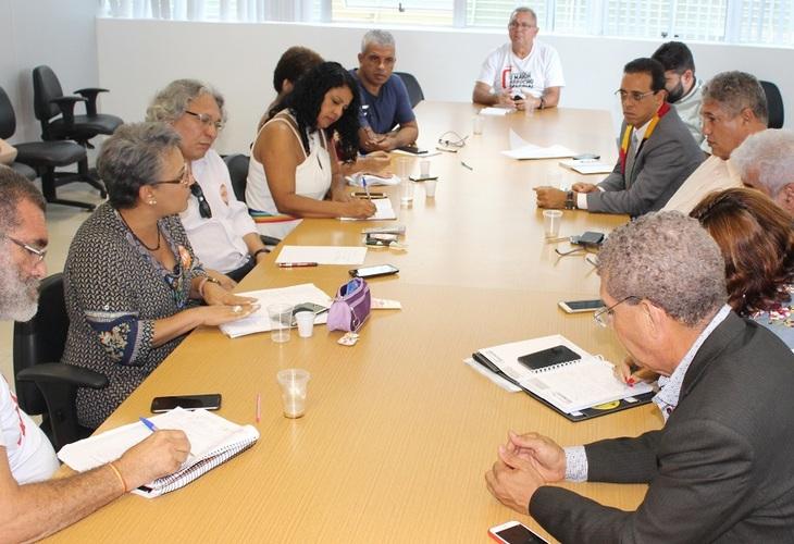 A força da greve conquista reunião com líder do governo