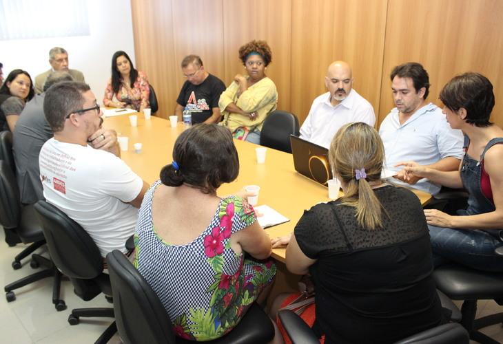 Fórum das ADs conquista compromisso com emenda à LOA e denuncia falta de quórum em comissões da ALBA