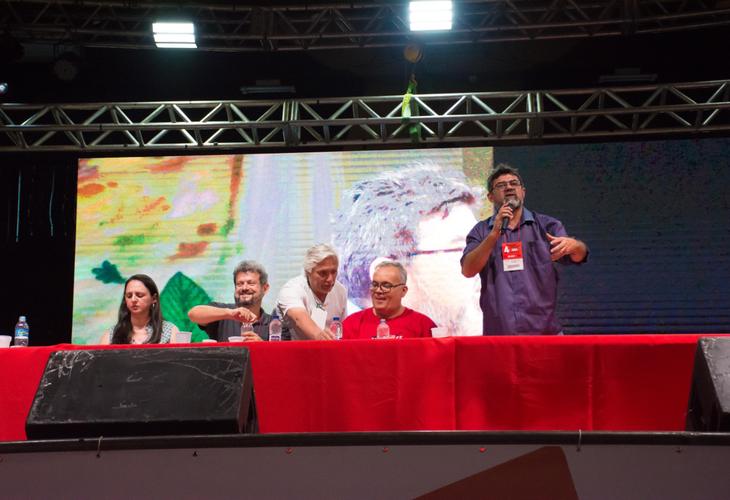 4º Congresso: Painel defende plano de lutas e encontros de lutadores para enfrentar Bolsonaro