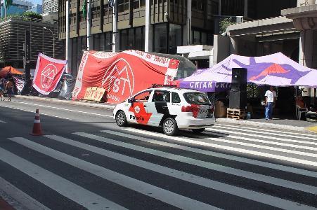 MTST acampa há 9 dias na avenida Paulista contra mudança em programa habitacional