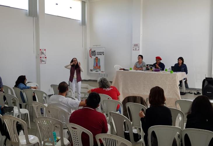 Assembleia cobra implementação da dedicação exclusiva e retirada das faltas-greve
