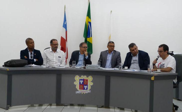Audiência pública em Itapetinga aponta necessidade de mobilização em defesa da Uesb