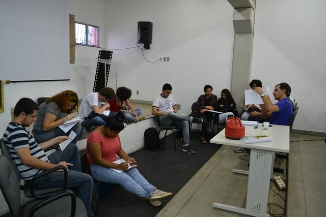 Adusb se reúne com Movimento Estudantil para discutir crise orçamentária e Semana de Mobilização