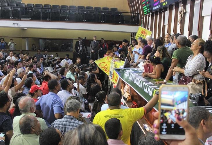 TJ-BA concede liminar garantindo direitos dos docentes das Ueba