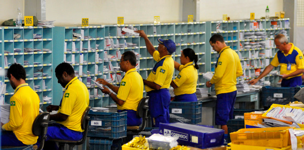 Privatização dos Correios: um prato cheio para o setor privado, mas prejudicial à população