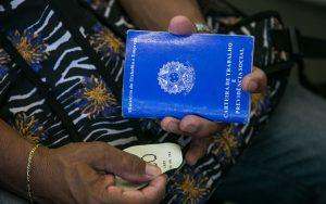 Pesquisa aponta racismo em diferença salarial entre trabalhadores brasileiros