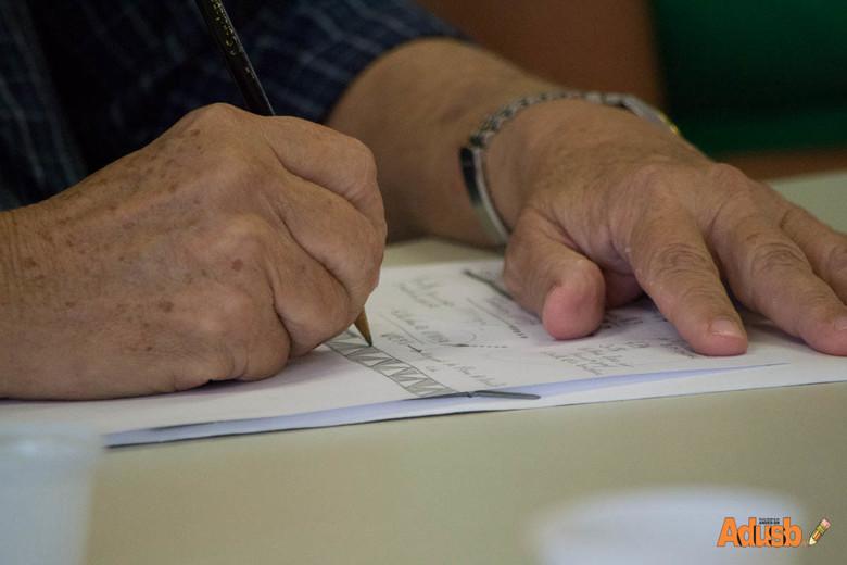 Fórum das ADs lança nota de repúdio e exige saída de Coordenador do Ensino Superior