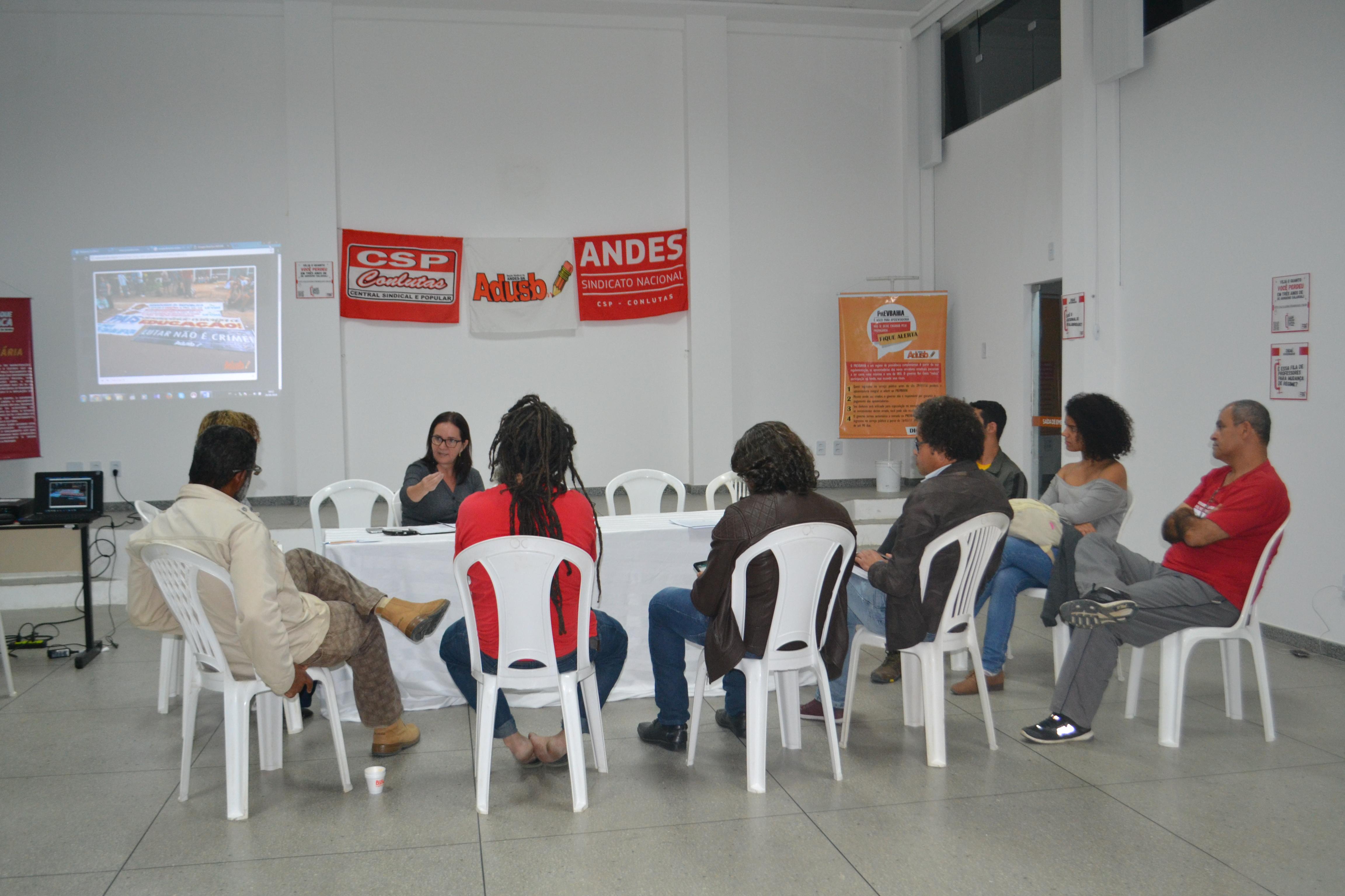 Comitê Local em Defesa da Educação Pública é constituído em Vitória da Conquista