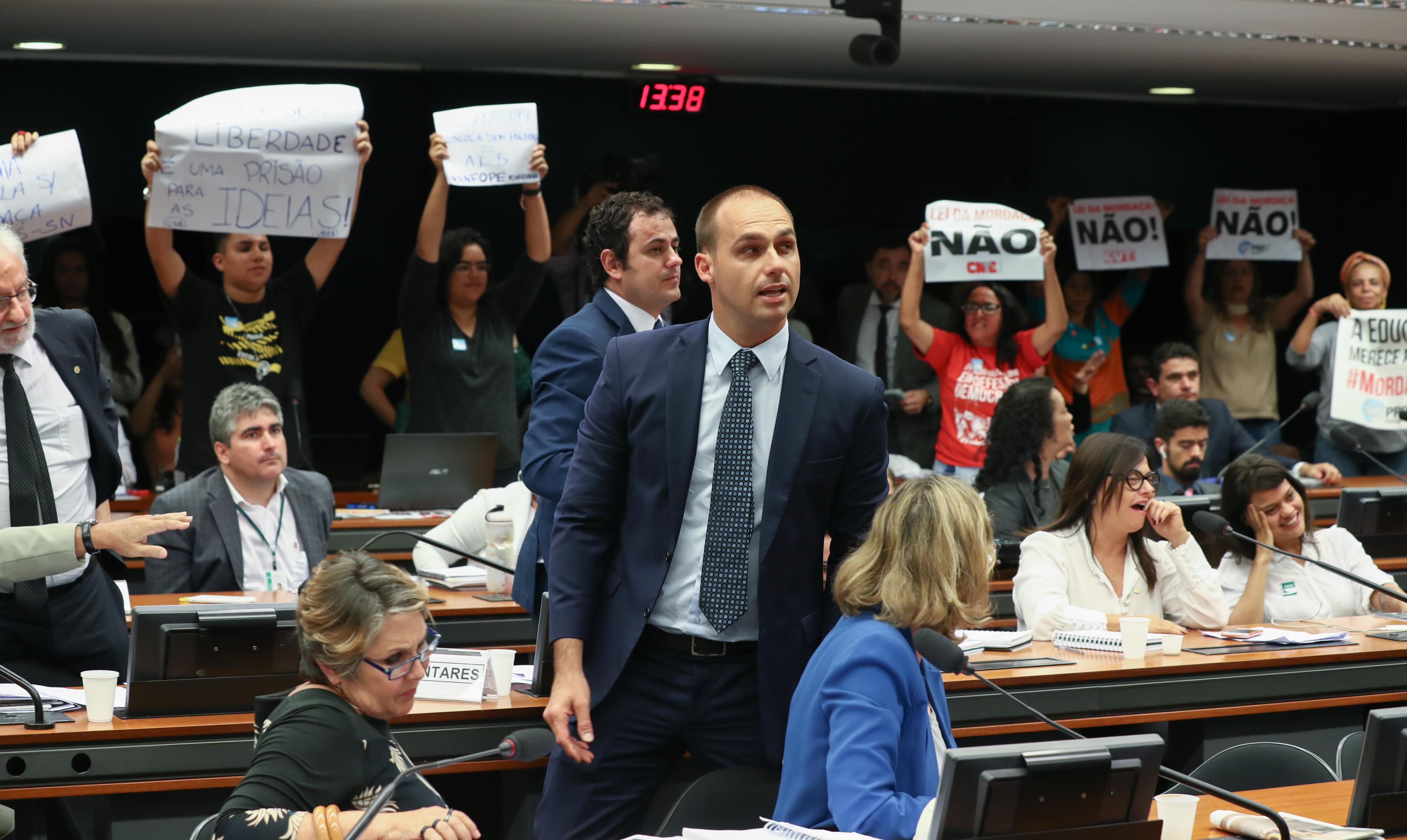 Vitória: Votação do Projeto Escola Sem Partido não acontece e proposta é arquivada