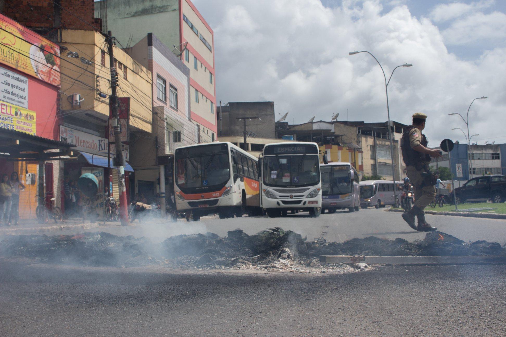 Mobilização da população derruba aumento de tarifa de ônibus em Itabuna