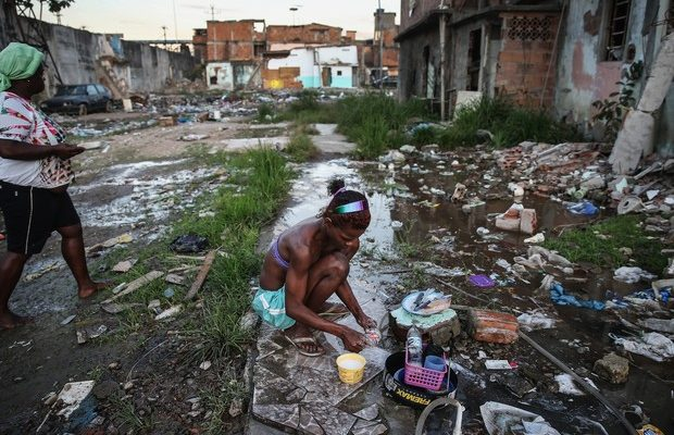 Pesquisa confirma que desigualdade tem gênero e raça no Brasil. Reformas de Temer vão piorar situação