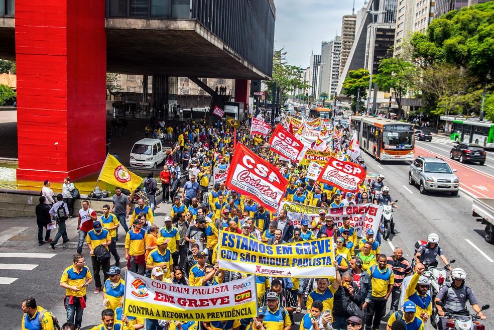 Força da greve nos Correios derrota política de ataques da ECT e do governo Temer