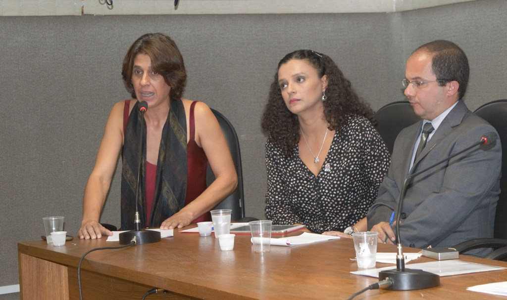 Adusb denuncia crise orçamentária em audiência pública para abertura de novos cursos na UESB
