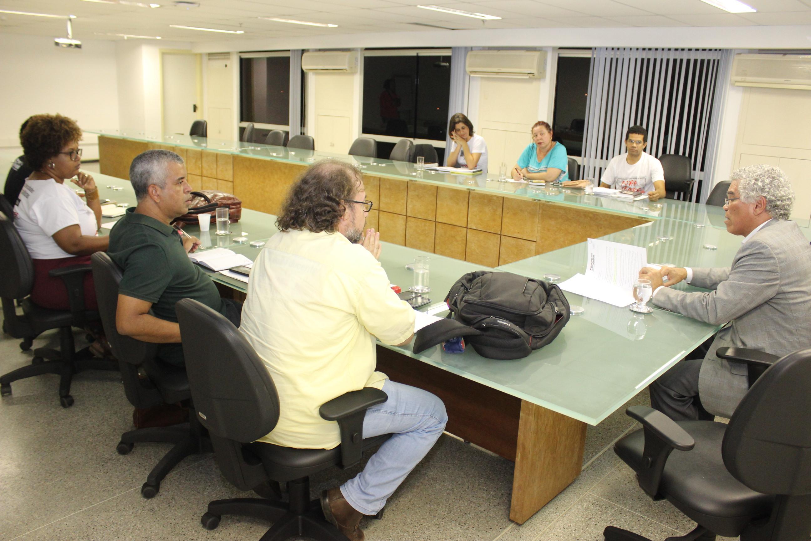 Reivindicações 2016: Secretário Pinheiro não cumpre o acordado e Fórum das ADs pressiona o Governo