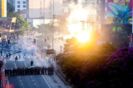 Violência policial contra manifestantes marca o 2° ato contra aumento das tarifas em SP