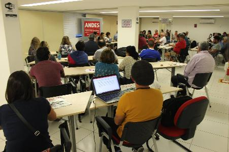 ANDES-SN encaminha rodada de assembleia para deliberar os próximos passos da luta