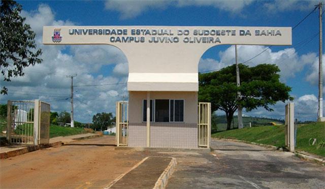 Governo nega mudanças de regime de trabalho a professores da UESB