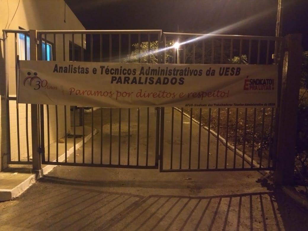 Governo Rui Costa ameaça cortar ponto de técnicos que participaram de paralisação nas UEBA