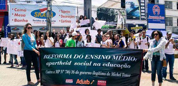 Estudantes somaram-se às lutas contra os ataques que retiram direitos da população