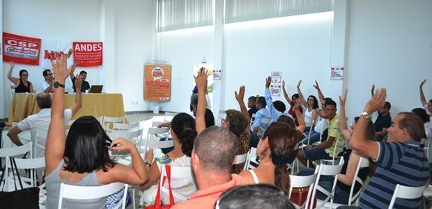 O texto político aprovado na reunião do Andes-SN foi amplamente discutido e aprovado com alterações.